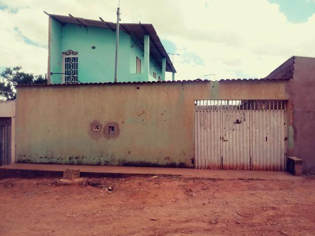 Casa de fundos com 2 kitnets.($cento evinte mil) - Foto 2