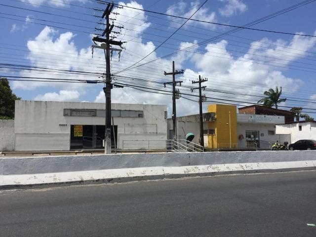Imóvel comercial, situado na Av. Liberdade, Bairro: Barralho