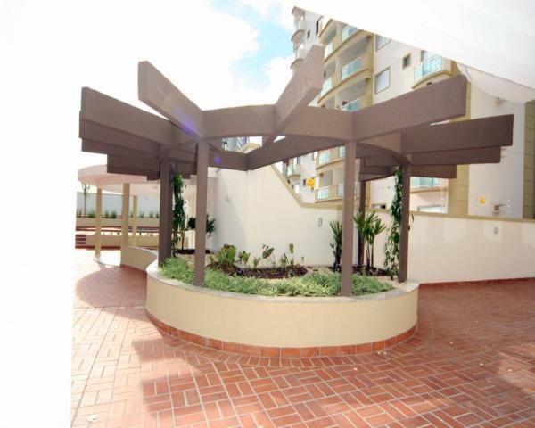 Apartamento com 4 quartos com 4 suítes - vista livre e sol da manha - Foto 10