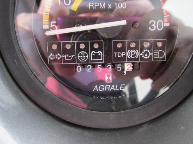 Trator agrale 5075- 4 ano 2011 4x4 com apenas 2500 horas de uso novissimo - Foto 4