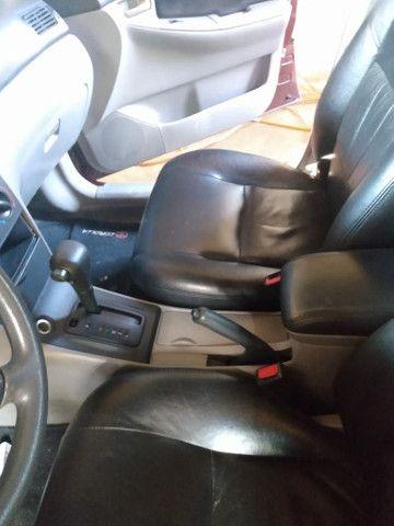 Corolla sedã ótimo carro - Foto 3