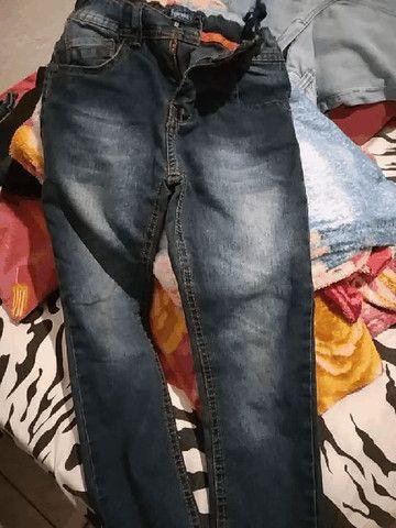 Vendo 3 calças infantil conservada  - Foto 2