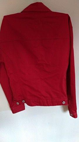 Jaqueta jeans Gap vermelha - Foto 3