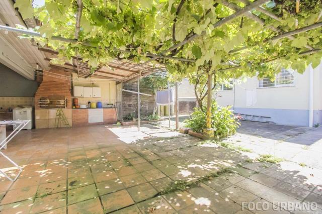 Casa de 154m², 3 dormitórios, 6vagas no bairro Vila Ipiranga, Porto Alegre-RS - Foto 16