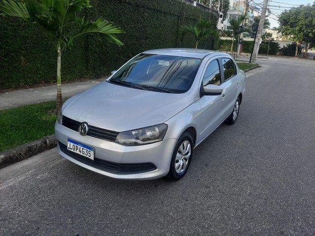 VW Volkswagen Voyage completo 2013