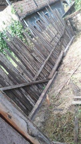 Terreno com duas casinha de madeira  - Foto 2