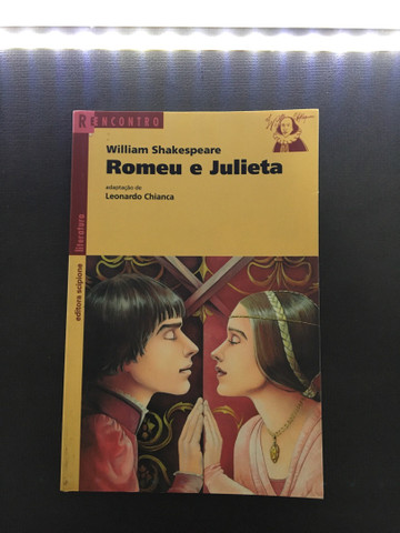 Livro Romeu e Julieta