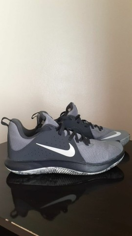 Tenis nike air fly behold low 2