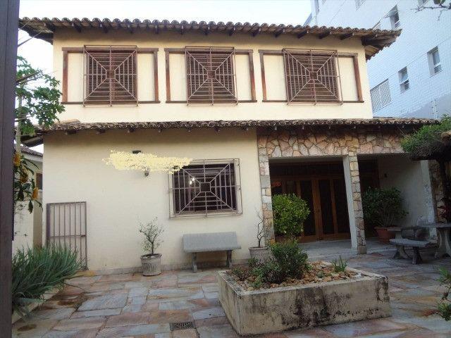 Magnífica casa com 450m2, ótimo preço, bairro Itapoã - Foto 9