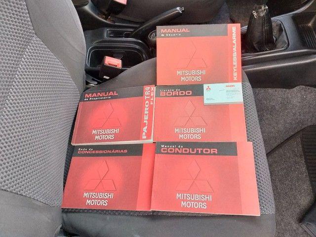Mitsubishi Pajero TR4 2008 Câmbio manual e 4x4  - Foto 12