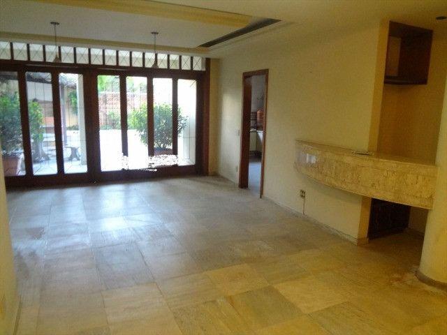 Magnífica casa com 450m2, ótimo preço, bairro Itapoã - Foto 5