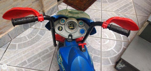 Moto elétrica Hot Wheels - Foto 4