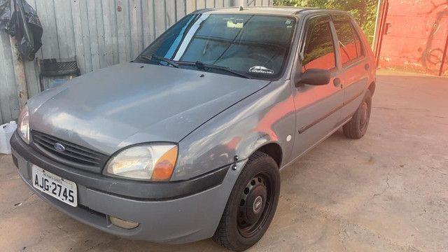Fiesta 1.0 Zetec 2000 Valor R$ 7.900,00