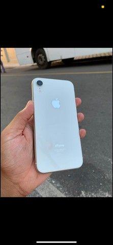 iPhone XR com fundo do 11 abaixei pra vende logo