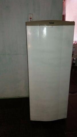 Refrigerador Consul - 260L / Semi-nova