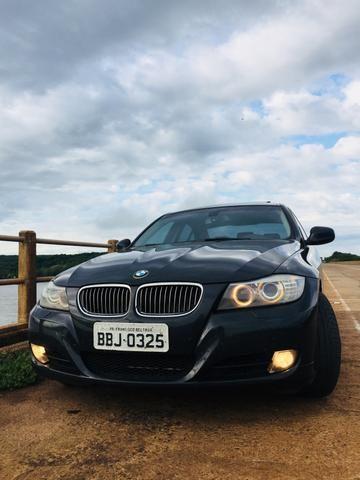 Troca-se menor valor ou vende-se BMW 325i /11