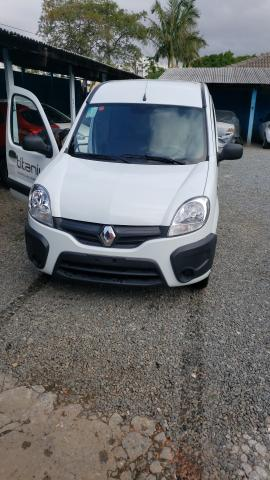 "Kangoo Renault ""ZERO KM"" 2018 - Foto 13"