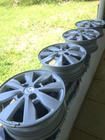 Kit 4 rodas alumínio originais novos hb20 - Foto 3