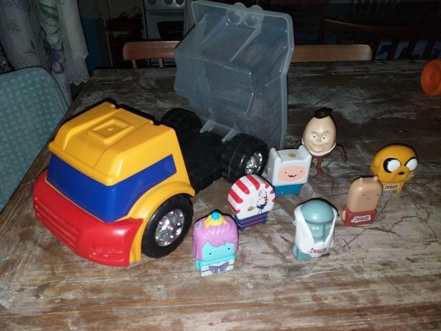 Carrinhos e bonecos - Foto 4