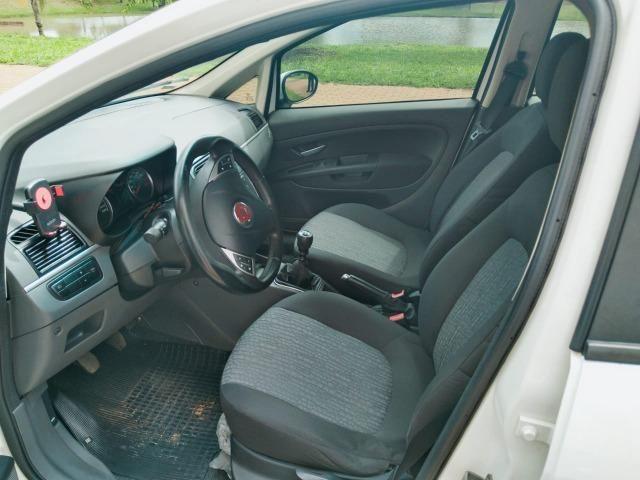 Fiat Punto Essence 1.6 (Flex) 2012 - Completo - Foto 9