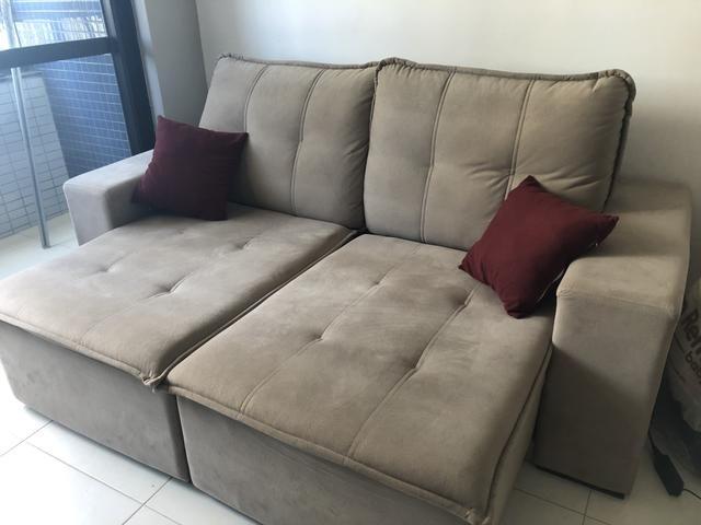 Excelente sofá retrátil 3 lugares