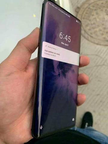 Vende-se ou troco Oneplus 7 pro em iPhone