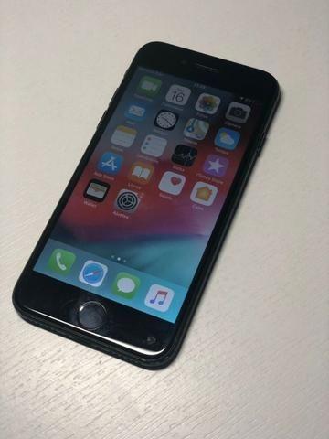 IPhone 7 32Gb preto fosco - Seminovo