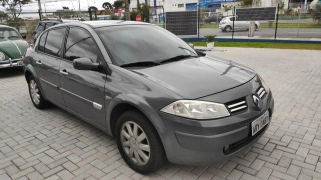 Megane Sedan 2.0 Dynamique 2010 Automático - Foto 2