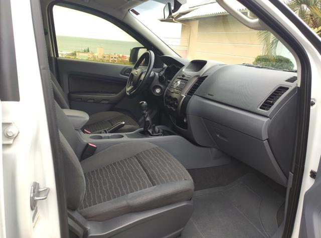 Ford Ranger XLS CD Cabine dupla 2014 Impecável - Foto 5