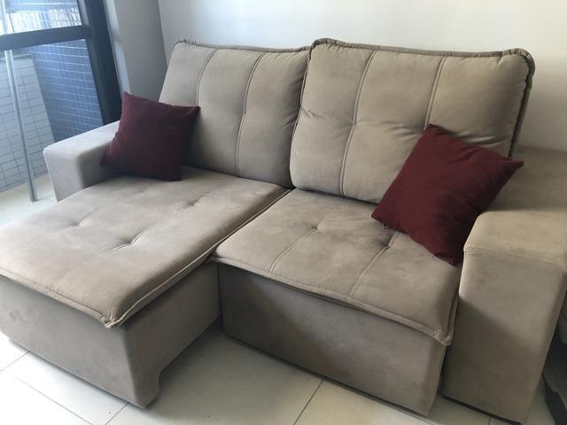 Excelente sofá retrátil 3 lugares - Foto 3