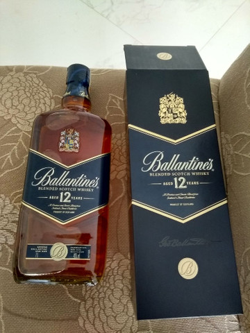 Whisky scotch 12 anos, combo promocional.