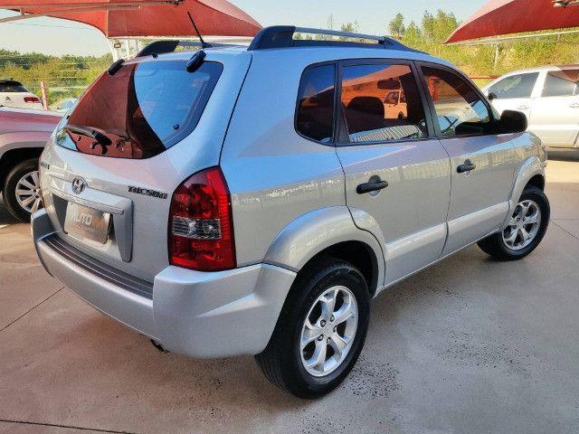 Hyundai Tucson GL 2.0 - Manual - 2010 - Foto 4