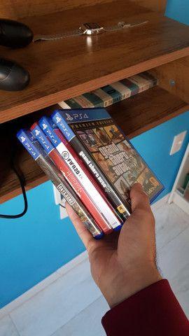 Playstation4 1Tera 4 meses de uso.