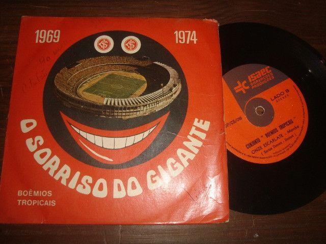Internacional, Futebol, 1969 - 1974, Compacto disco vinil Inter, O Sorriso do Gigante - Foto 2