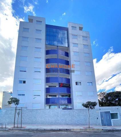 Excelente Apartamento no Serrano