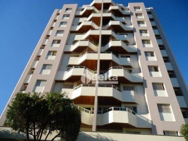 Apartamento com 4 dormitórios à venda, 167 m² por R$ 800.000,00 - Osvaldo Rezende - Uberlâ - Foto 2