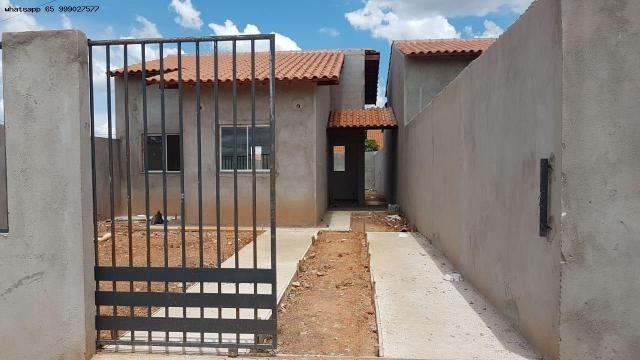 Casa para Venda em Várzea Grande, Novo Mundo, 2 dormitórios, 1 banheiro, 2 vagas