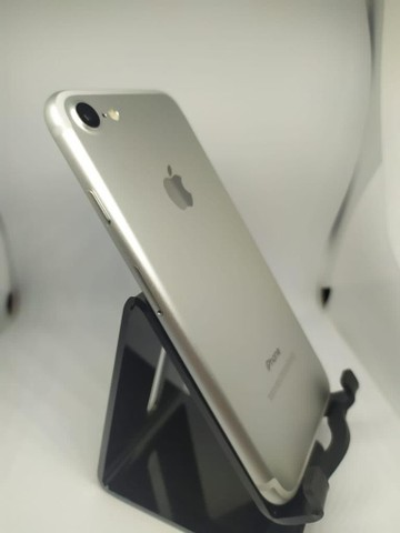 iPhone 7 128 gigas impecável  - Foto 2
