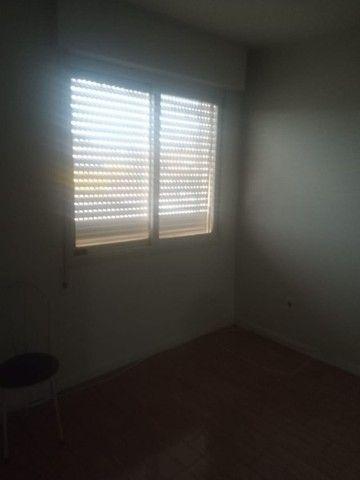 Alugo Apartamento 3 dormitórios, na frente do Conjunto Comercial - Foto 3