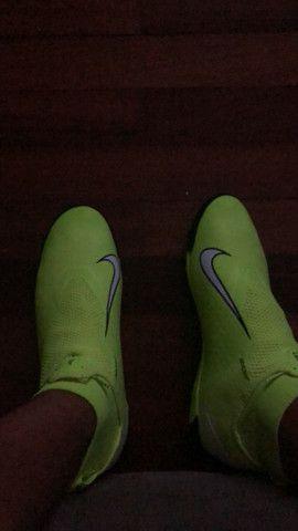 Chuteira Nike phanton vision amarela society pro 43