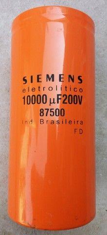 Capacitor Eletrolítico 10.000uf X 200v - Foto 3