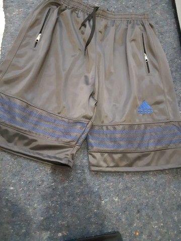Bermudas Adidas - entrego, passo cartão, pix - Foto 6