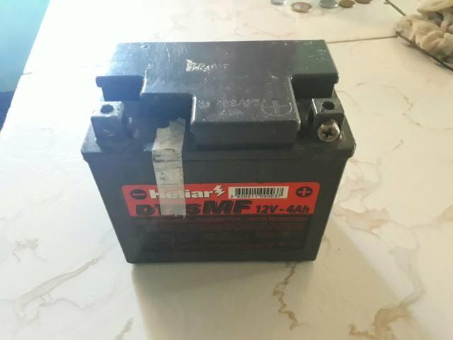 Bateria de moto 12v heliar