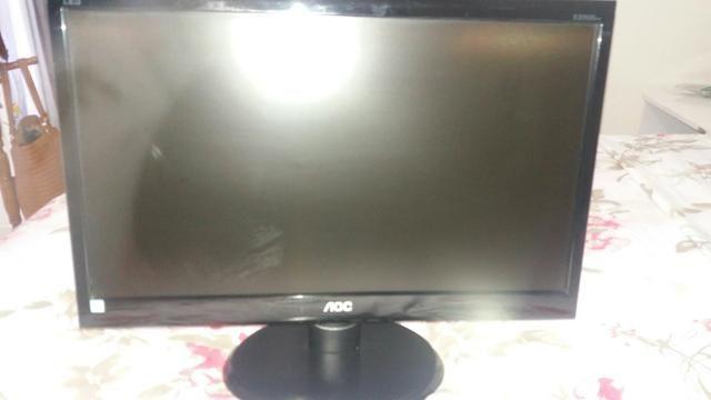 Vendo monitor AOC 21