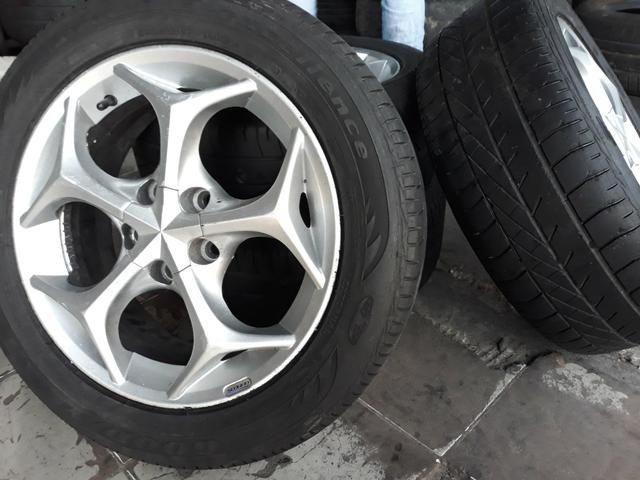 Jogo de rodas com jogo de pneus ARO 15 - Foto 2