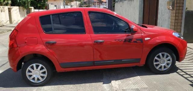 Renault/Sandero Exp1.0 16v 4P, Ano: 2011, Flex: Gas/Alc, cor: Vermelha - Foto 4