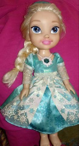 Boneca Elsa frozen
