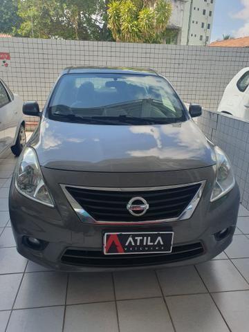 Nissan versa 1.6 2013 extra !!!