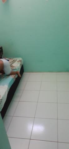 Vendo uma casa em Itapuã primeiro andar 2/4 sala ,cozinha e banheiro e área de serviço - Foto 7