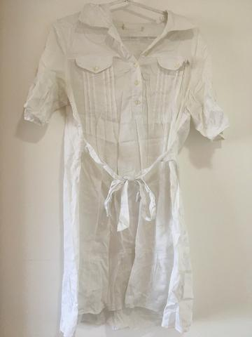 Vestido branco tam P/ serve M $15 - Foto 4